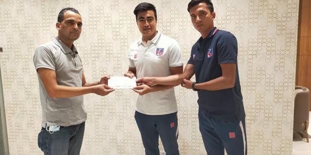 शान्ता नेपालीलाई नेपाली राष्ट्रिय फुटबल टिमबाट १ लाख सहयोग