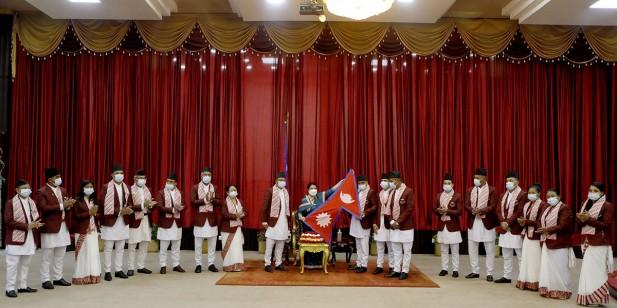 टोकियो ओलम्पिकमा सहभागी हुने नेपाली टोलीलाई राष्ट्रपति भण्डारीद्वारा बिदाइ